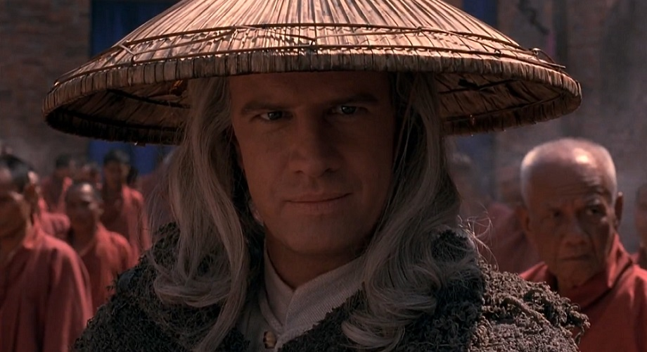 Raiden smiling while surrounded by monks